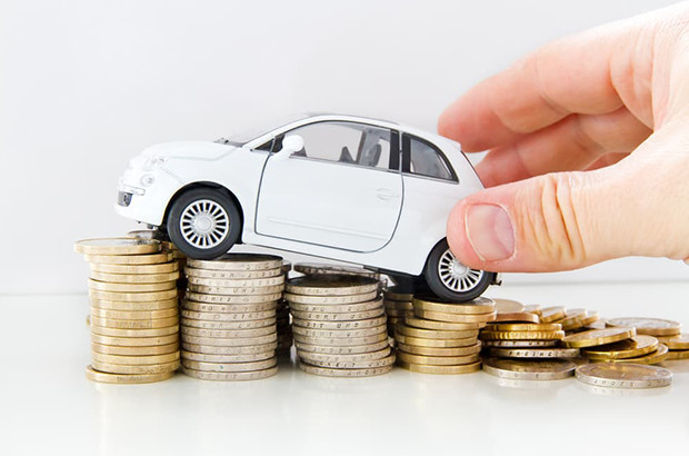 法人の所有車はカーリースと一括購入のどちらがお得か