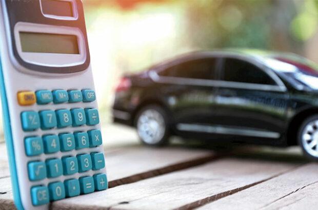 【個人事業主は必見】車の経費計上方法や節税効果を紹介!