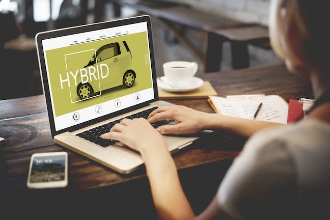 海外で広がる自動車のオンライン販売と日本の先行事例
