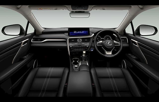 大人気SUVのレクサスRXの内装を徹底解説!その豪華な車内とは?