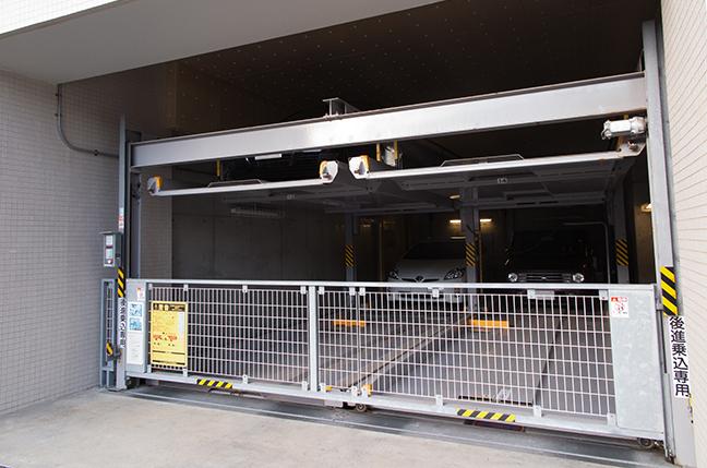 マンションの機械式駐車場