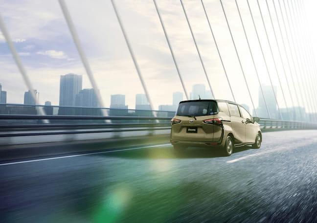 ミニバントップレベルの低燃費!「シエンタ」の燃費性能をレビュー