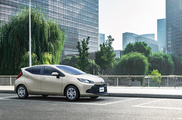 トヨタ「アクア」が約10年ぶりにフルモデルチェンジ!新型アクアの価格やグレードをチェック