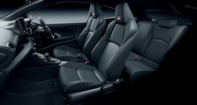 GRヤリス RS(内装色:ブラック)シート