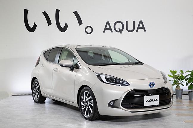 トヨタのハイブリッド専用車、新型「アクア」の燃費は?