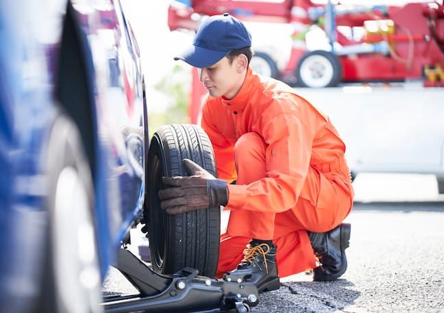 車のタイヤ交換時期は?目安やタイヤを長持ちさせる方法も紹介