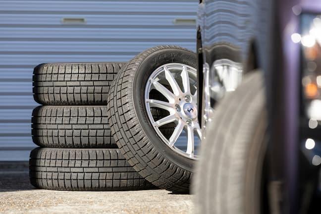車のタイヤは消耗品!適宜交換が必要